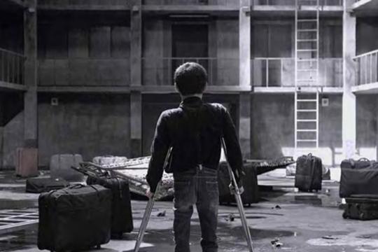 Happiness Building I, 2012, film still, courtesy of Chen Chieh-Jen Studio