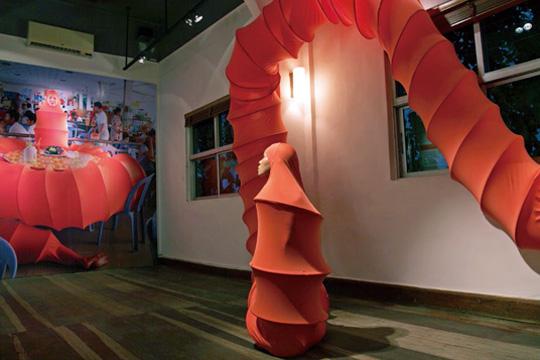 《佛陀虫计划》展览现场,现场表演,2013年