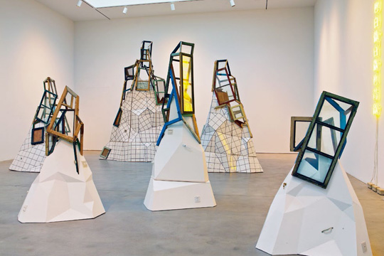 《白做山》,2011-2012年展览现场,2013年