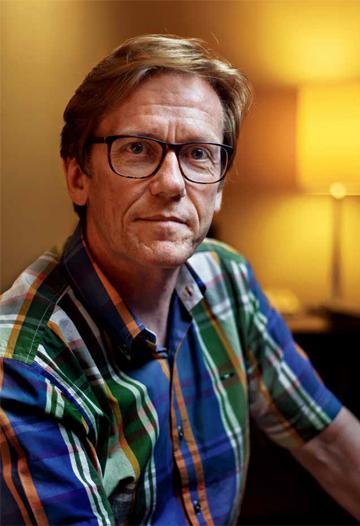 Dr. Gunnar B. Kvaran