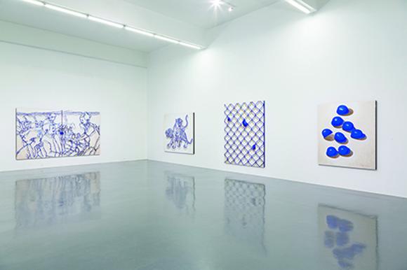 展览现场,2 014年,长征空间,北京 从左至右:《蓝图.交流 1》, 《蓝图.交流 2》,《蓝图.膨胀》,《蓝图.聚集》 Courtesy of Long March Space