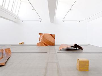 """""""傅丹,我们人民""""展览现场,2014年,北京林冠艺术基金会"""