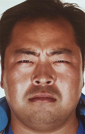 《2012的肖像》,2 012年 录像投影,彩色,有声,2 2分9秒