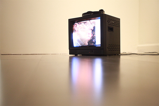 William Anastasi, Coleslaw, 2003, sound with video, 1 min. 57 sec.