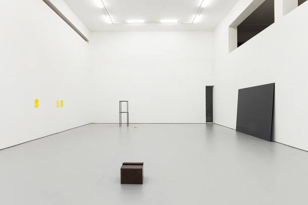 """He Xiangyu: Dotted Line,"" installation view, White Space Beijing, 2014. Courtesy of White Space Beijing."
