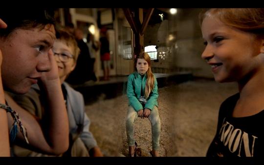 梅勒妮·吉利根,《常识》(录像截屏),2014年,15部迷你剧,每部约7分钟