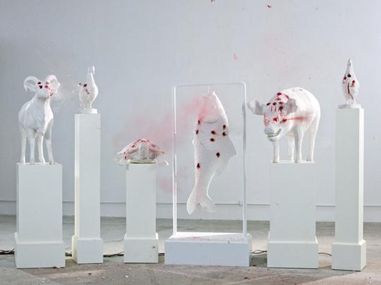 《佛跳墙》,2012年,摄影,119.5×159.5厘米
