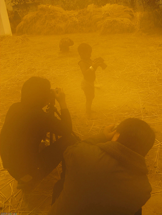 徐震,《饥饿的苏丹》,2008年,表演