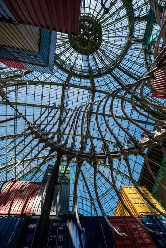 Vue de l'exposition « L'Empire »    Source : ADAGP, Paris